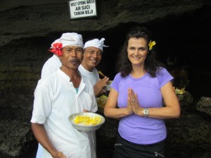 9 CATHY GOTFRIED - TEMPLE BLESSING TANAH LOT TEMPLE