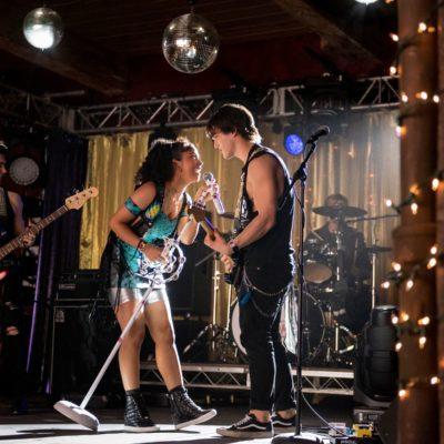 Meet the Stars of Netflix' Julie and the Phantoms, Kenny Ortega's Hot YA Musical Dance Series!